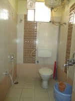 14J1U00083: Bathroom 2