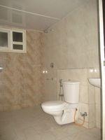 11S9U00111: Bathroom 3