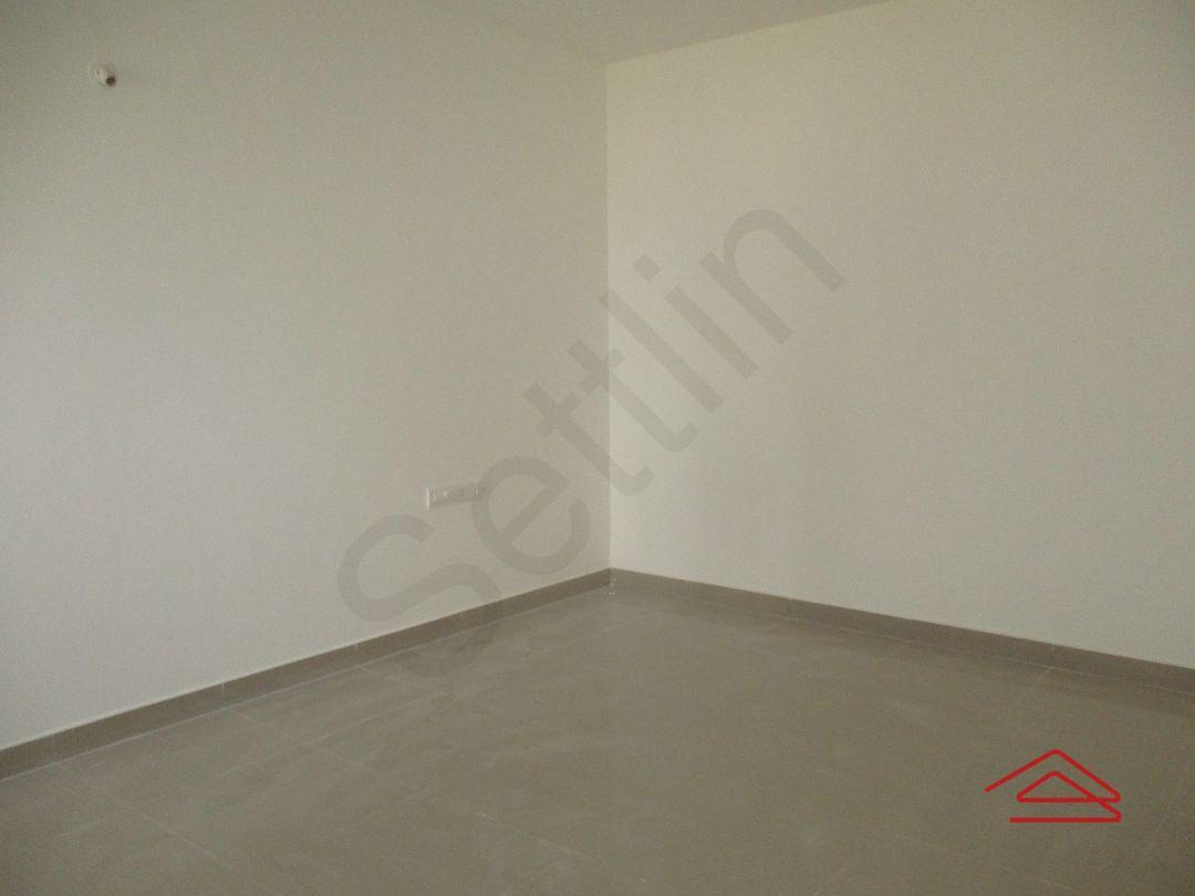 11S9U00111: Bedroom 1