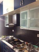 13J1U00202: Kitchen 1