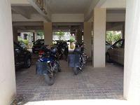 12J7U00240: parking 1