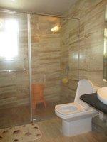 14M3U00164: Bathroom 2
