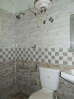 12J6U00379: Bathroom 3