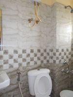 12J6U00379: Bathroom 1