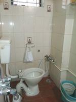 12A4U00035: Bathroom 1
