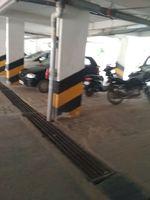 12A4U00035: parking 1