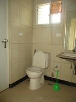 10F2U00140: Bathroom 2