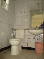 10F2U00140: Bathroom 3