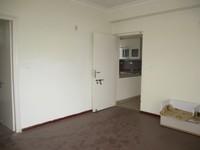 10F2U00140: Bedroom 2