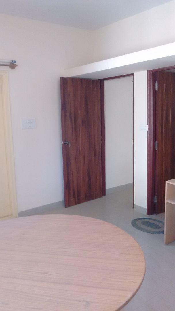 10F2U00090: Bedroom 1