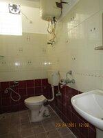 15A4U00220: Bathroom 2