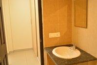14DCU00034: Bathroom 2