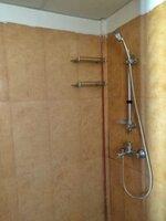 15J7U00154: Bathroom 1