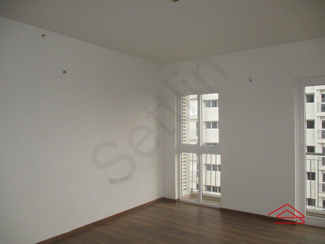15A4U00332: Bedroom 1