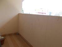 13F2U00431: Balcony 1