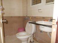 15J1U00357: Bathroom 1