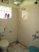 14A4U00514: Bathroom 2