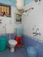 13J1U00233: Bathroom 2