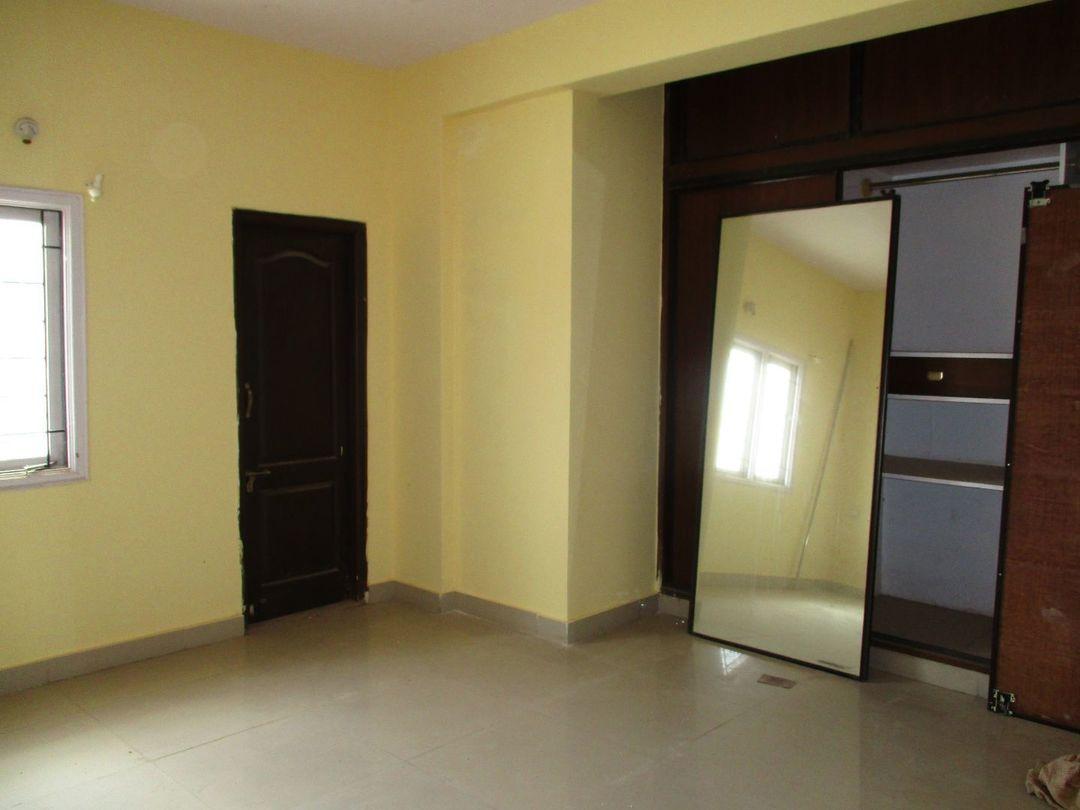 10A8U00139: Bedroom 1