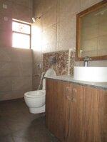 15M3U00341: Bathroom 2