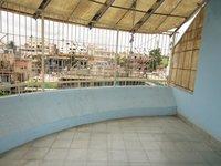 13J7U00274: Balcony 2