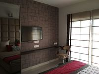 12J1U00260: Bedroom 1