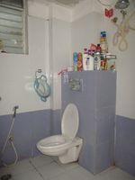 12DCU00164: Bathroom 1