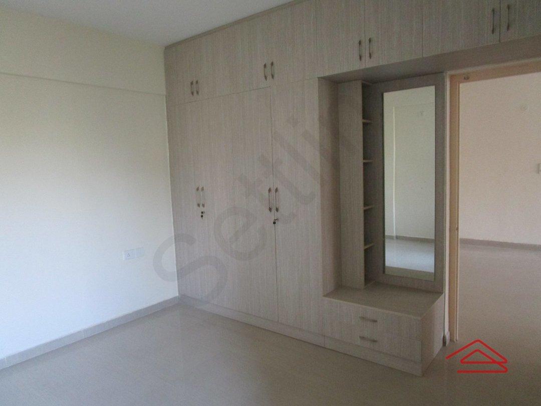 14F2U00463: Bedroom 1