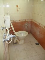 14A8U00021: Bathroom 1
