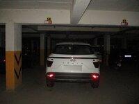15J7U00173: parkings 1
