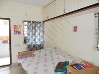 13F2U00148: Bedroom 2