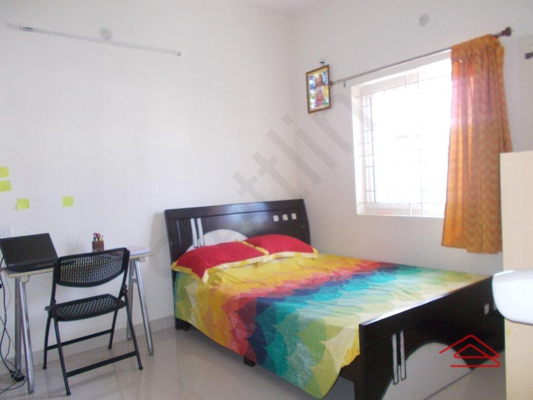 15J1U00003: Bedroom 1