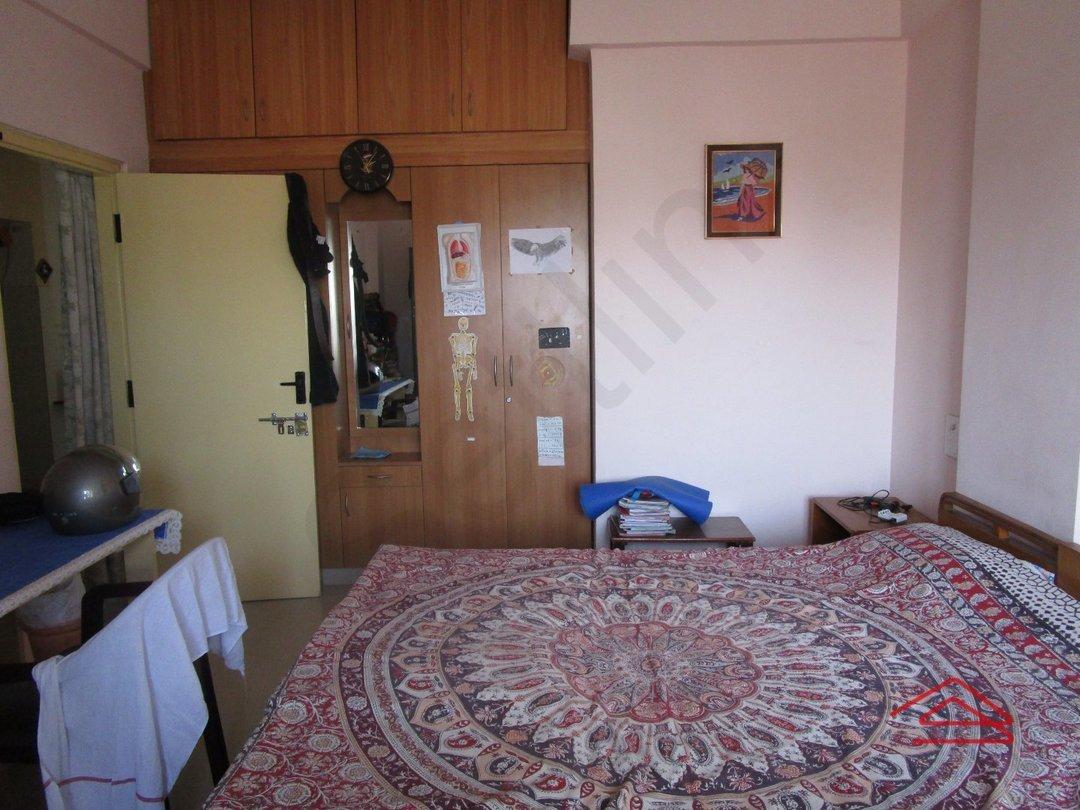 14M3U00105: Bedroom 1