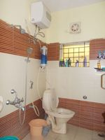 13M3U00008: Bathroom 1
