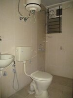 15A4U00299: Bathroom 2