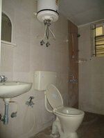 15A4U00299: Bathroom 1