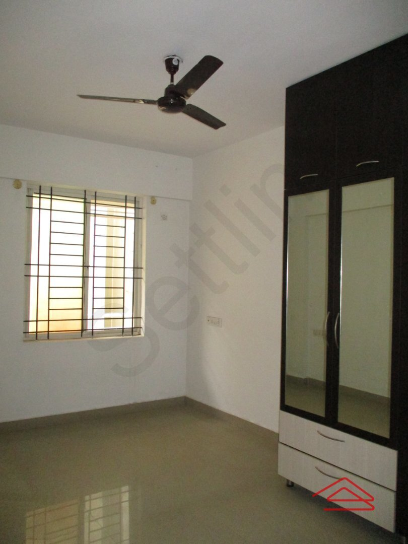 15A4U00299: Bedroom 1