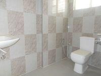 13M3U00180: Bathroom 1