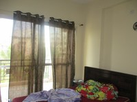 10J6U00500: Bedroom 1