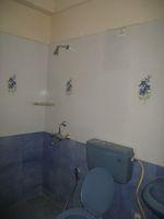 12M3U00200: Bathroom 2