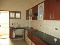 12M3U00200: Kitchen 1