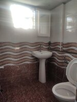 15A4U00099: Bathroom 2