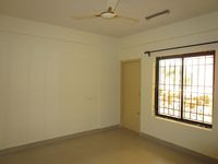 13M3U00086: Bedroom 1