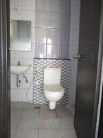 15S9U00752: Bathroom 2