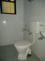 11A8U00060: Bathroom 1