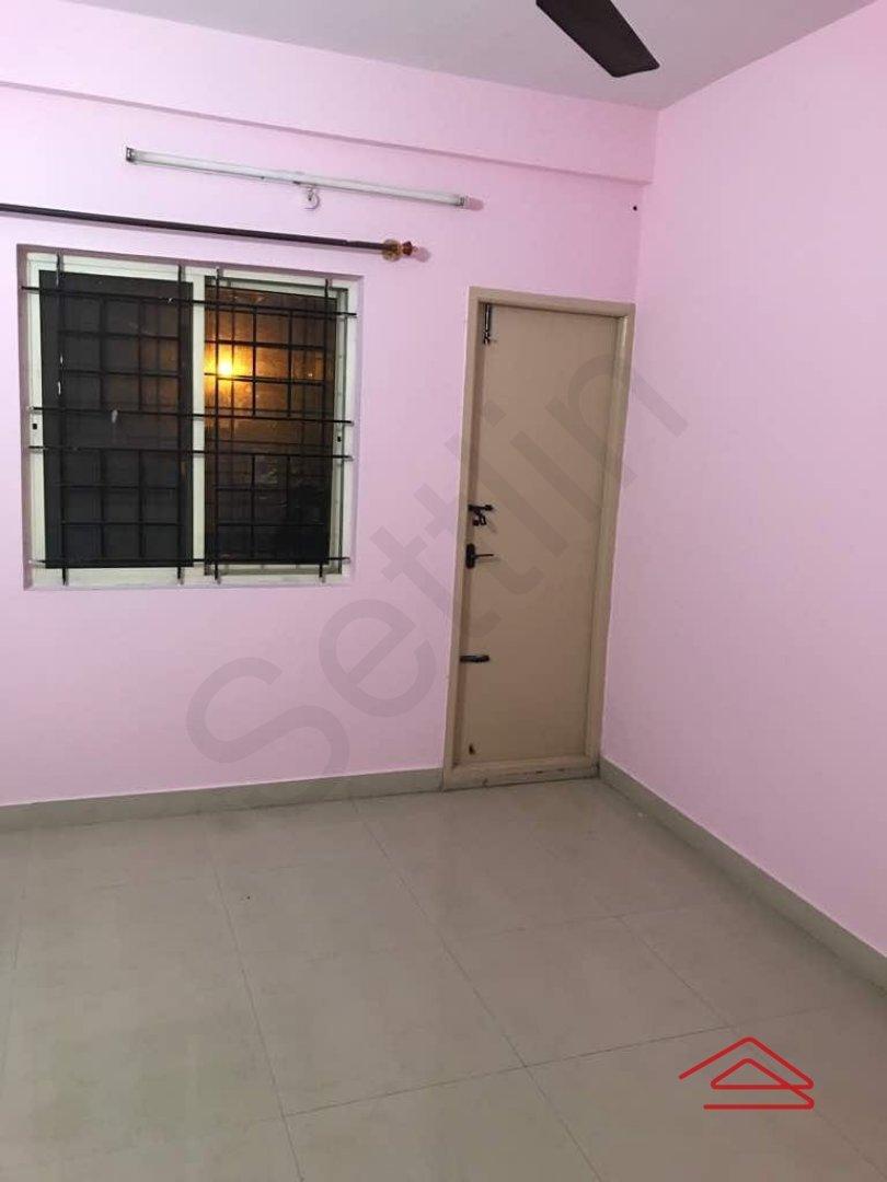 13OAU00322: Bedroom 1