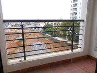 13J7U00259: Balcony 1