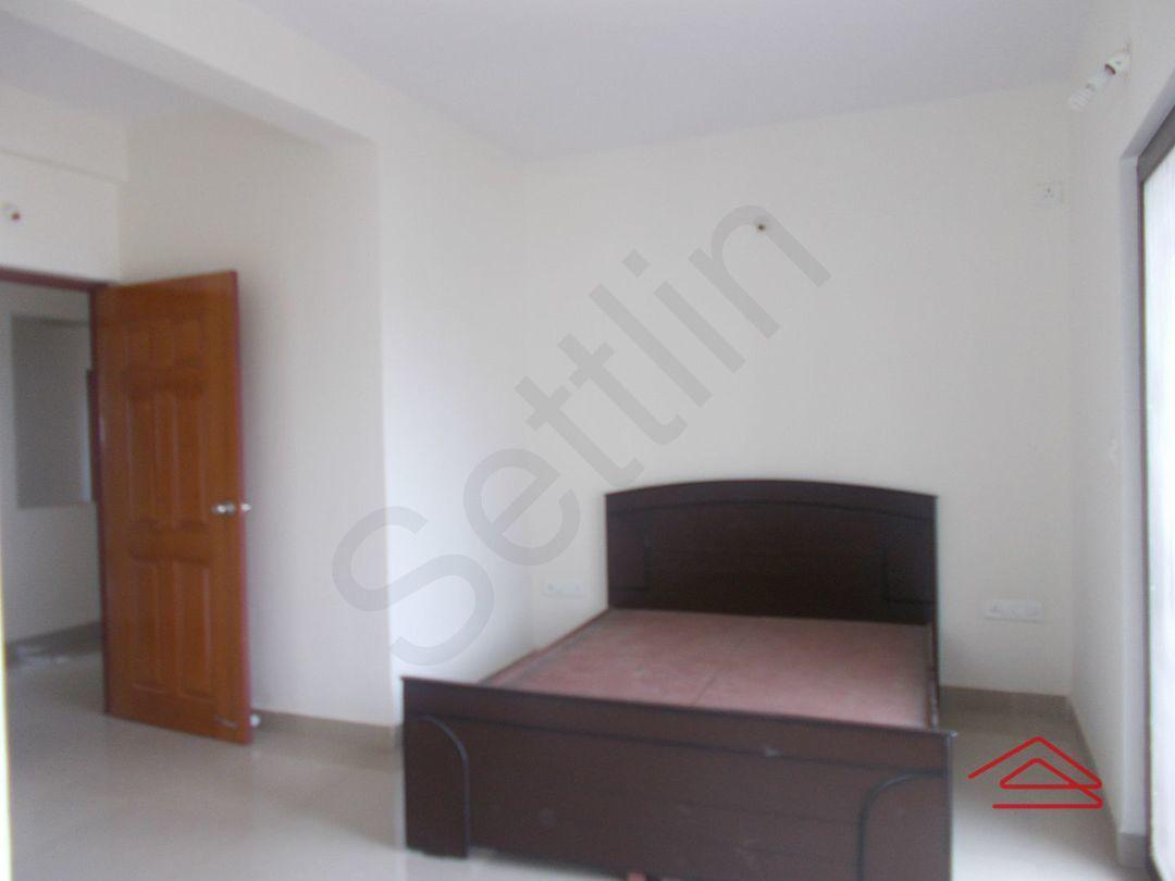 13J7U00259: Bedroom 1
