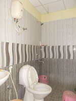 15M3U00181: Bathroom 1