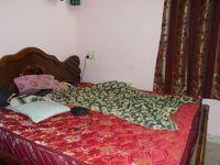 13F2U00396: Bedroom 1